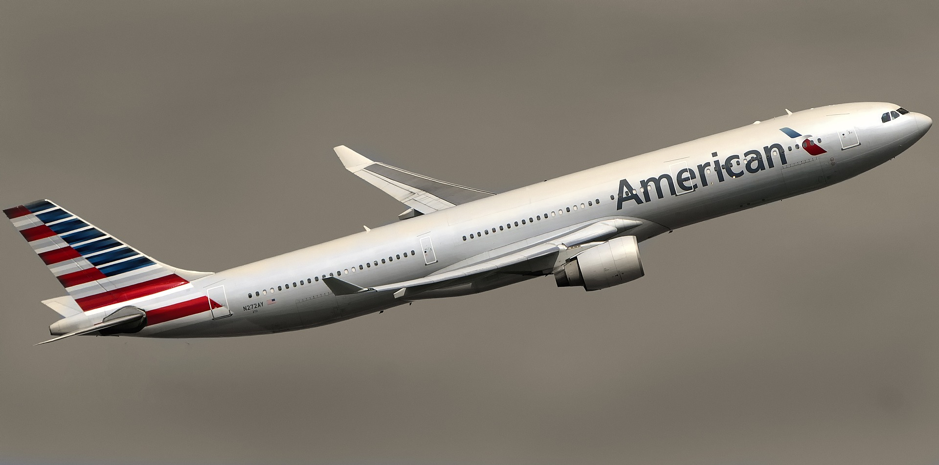 American Airlines AAL stock news and analysis