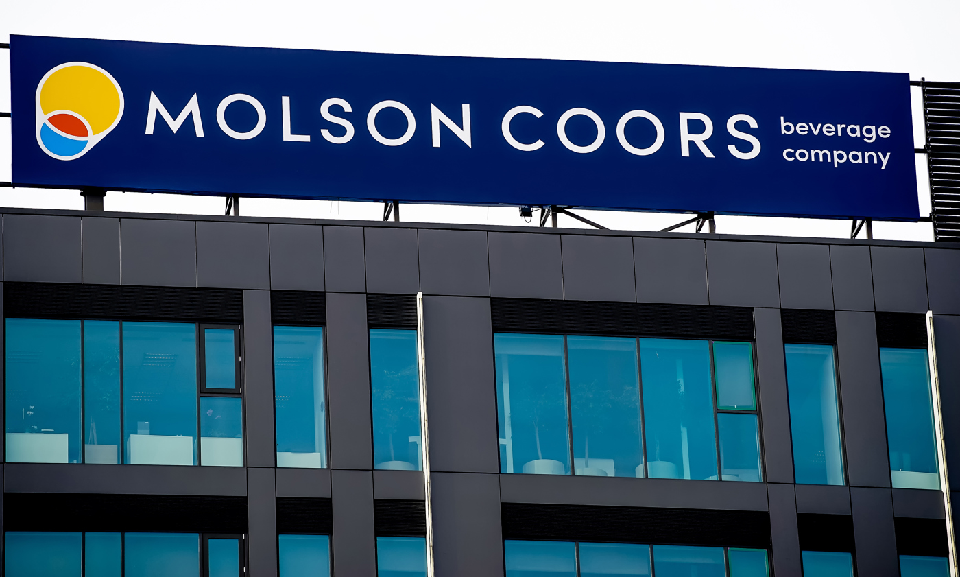 Molson Coors Beverage (NYSE:TAP) Stock Pick for Summer 2021