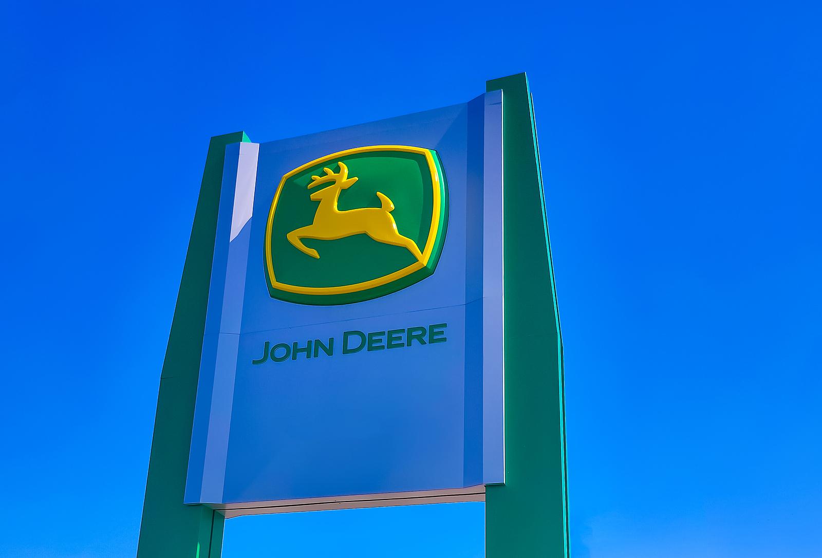 John Deere stock, DE stock, DE stock news, Deere stock