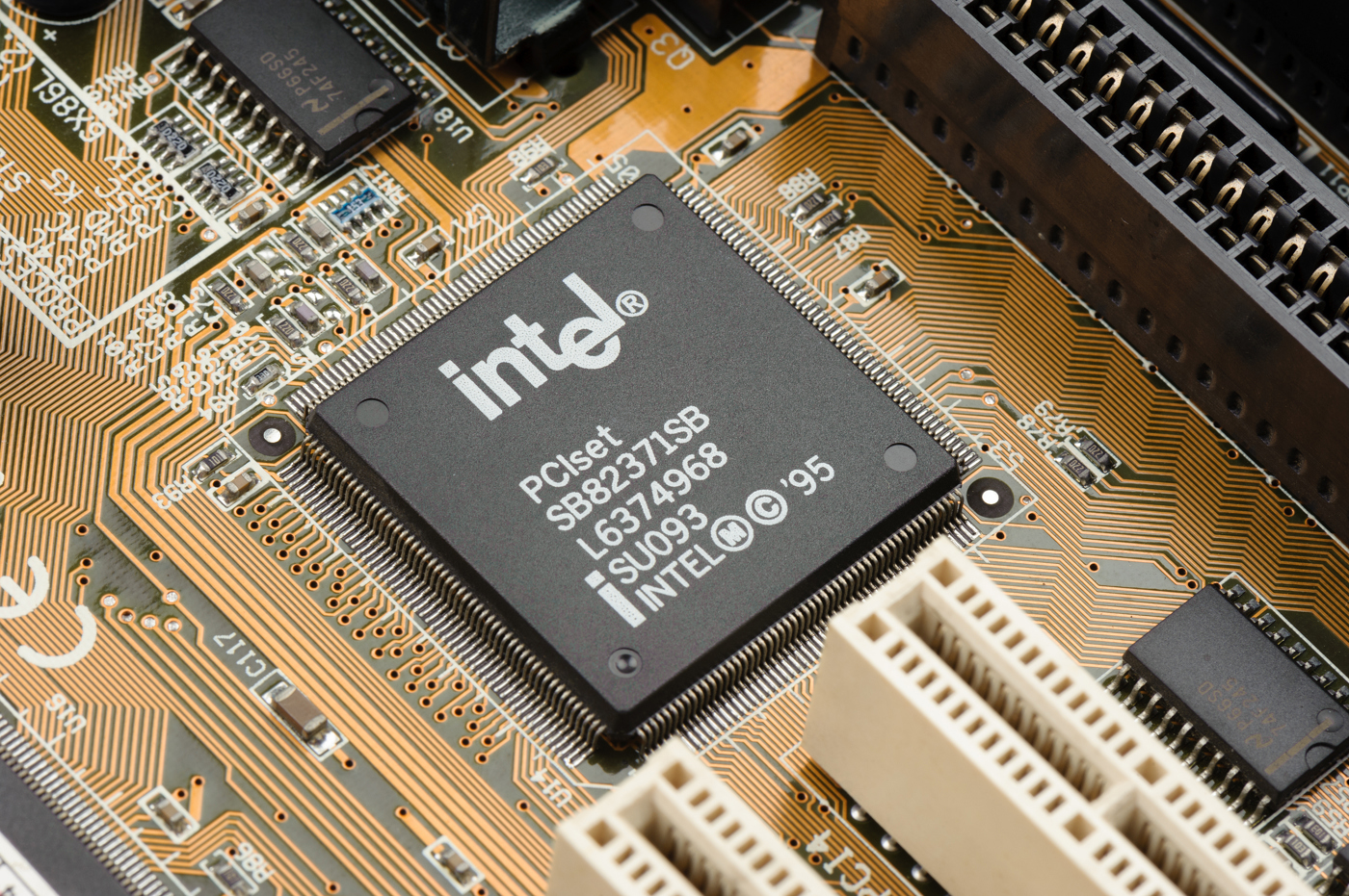 Intel stock, INTC stock news and analysis