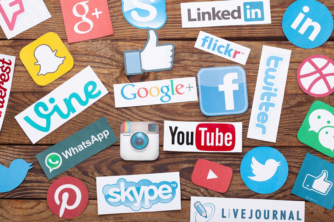 Social networks stocks news and analysis