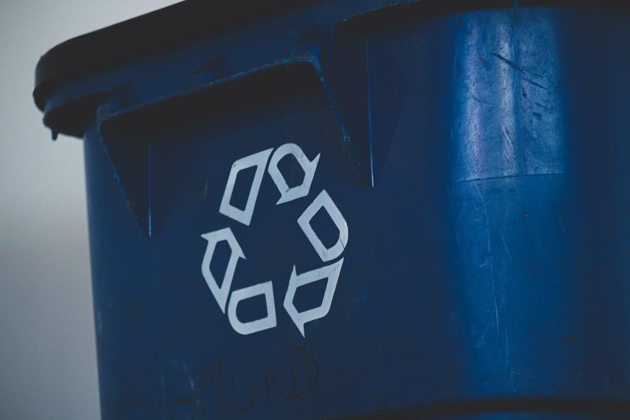 Trash management stocks, Garbage stocks, Waste stocks, Recycling stocks